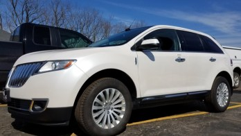 Erie Client Comes to Enormis for Lincoln MKX Backup Camera