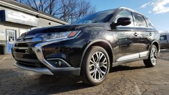 Mitsubishi Outlander Headrest Monitors for Erie Car Dealership
