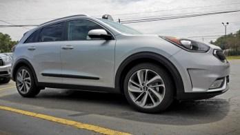 Erie Client Upgrades Brand-new Kia Niro with Rear View Mirror
