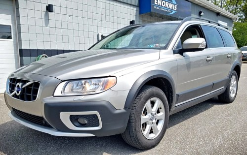 2012 Volvo XC70 Cross Country gets a Backup Camera