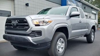 2019 Toyota Tacoma Gets Keyless Entry and Two-Way Remote Start