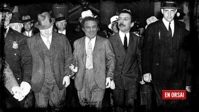 A los Macri los expulsaron de la mafia por indignos, si no lo crees, mira...
