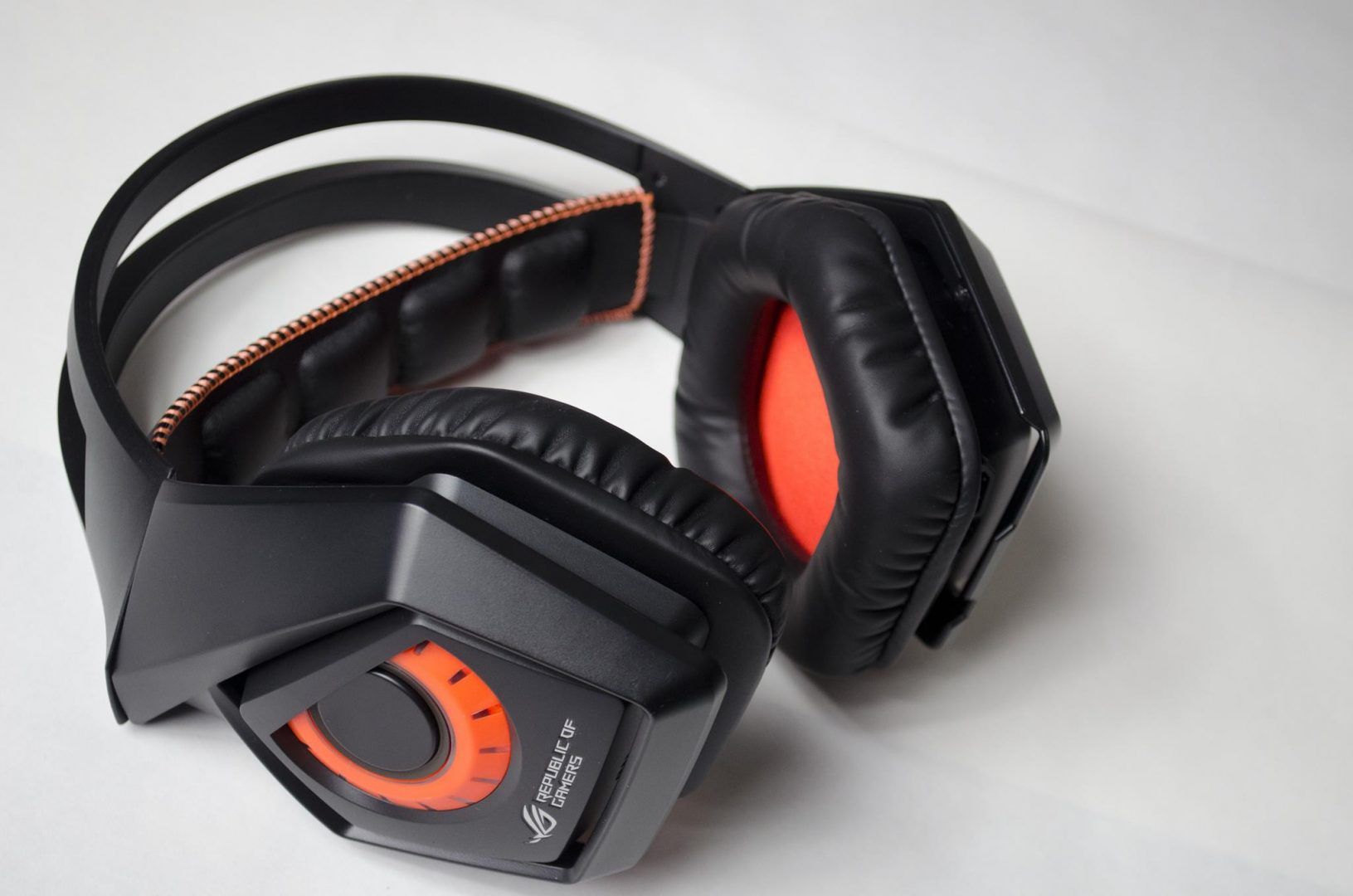 ASUS ROG Strix Wireless Headset Review