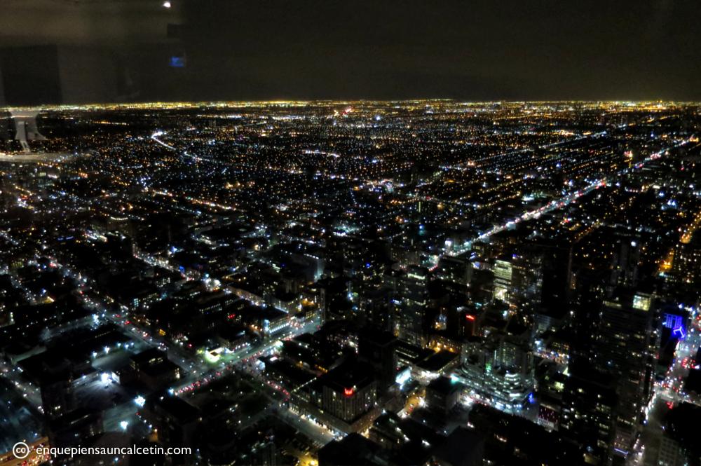 vistas cn tower noche