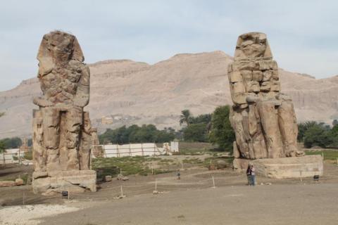 colosos de menon.Egipto. foto martinez enredando