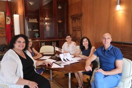 El alcalde destaca la labor de las asociaciones asistenciales de León