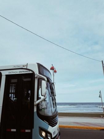 Mochileros: Ideas entretenidas para recorrer España en transporte público