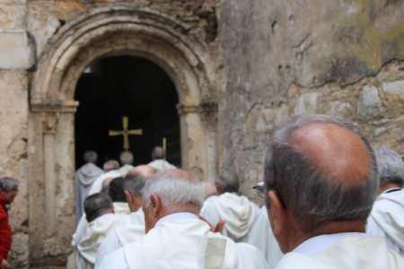 consagración de la iglesia del monasterio de Montes