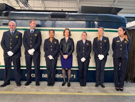 tren Costa Verde Express desde Euskadi a Galicia