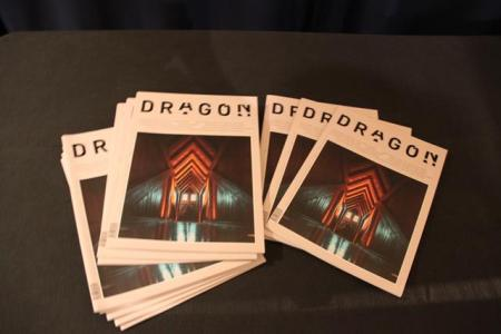 dragón revista museo botines