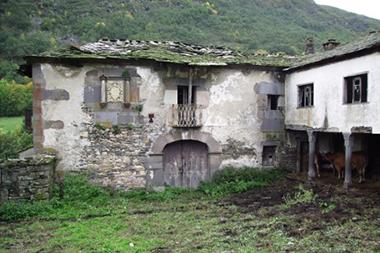 Casona-Palacio de los Álvarez Carballo