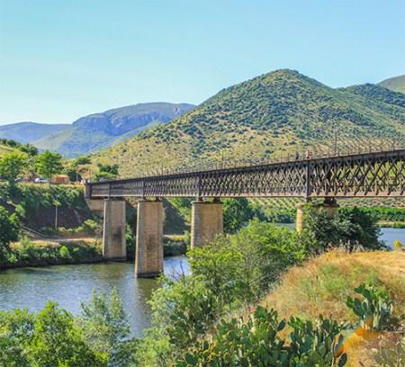 Puente internacional del_ferrocarril_de La Fregeneda (España)