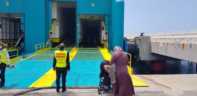 Exteriores facilita el retorno de más de doce mil españoles desde Marruecos