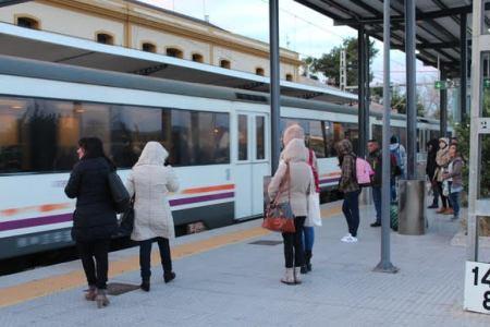 Compromis reclama que la normalidad llegue al servicio de trenes regionales y de MD de todo el Estado