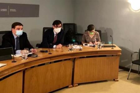 Gobierno se reúne con las CCAA para planificar el movimiento de los temporeros
