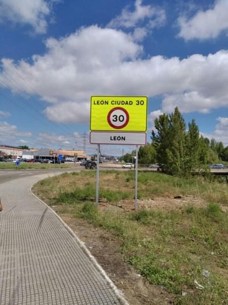 velocidad a 30 km/h en León