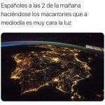 ESPAÑOLES A LAS 2,00 DE LA MAÑANA