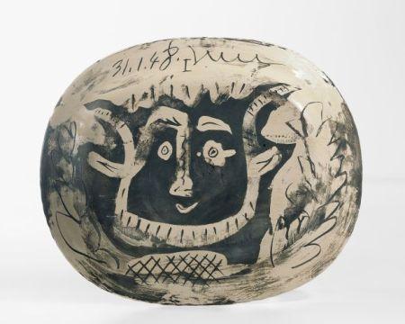 Picasso grappe de raison 1948 B_1
