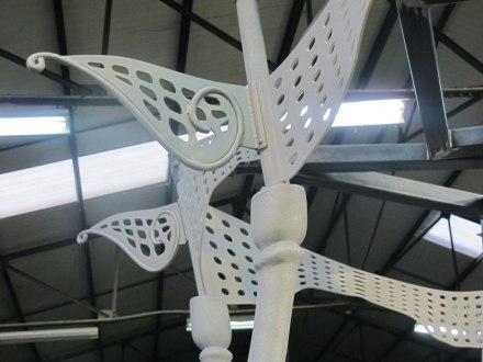 Détail de la fabrication de l'œuvre, à l'atelier d'Art Project, octobre 2013