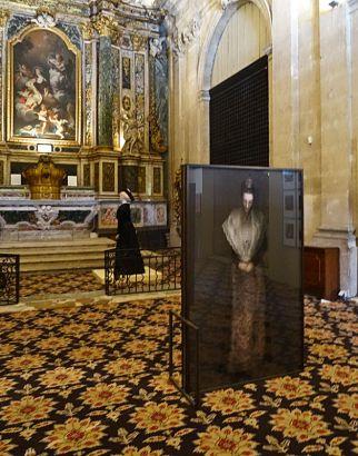 Katerina Jebb, La reine d'Arles et ses demoiselles d'honneur, 2014 - L'Arlésienne, Christian Lacroix, Rencontres d'Arles 2014