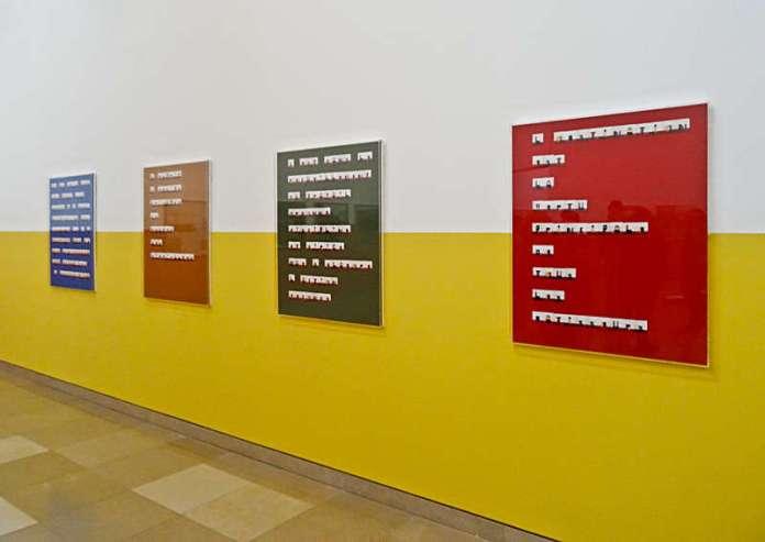 Yto Barrada, Serie Citations du Maréchal Lyautey, 2015, collage, tirage couleur monté sur carton, boîte « Faux gude »,  Carré d'Art - 2015-2016