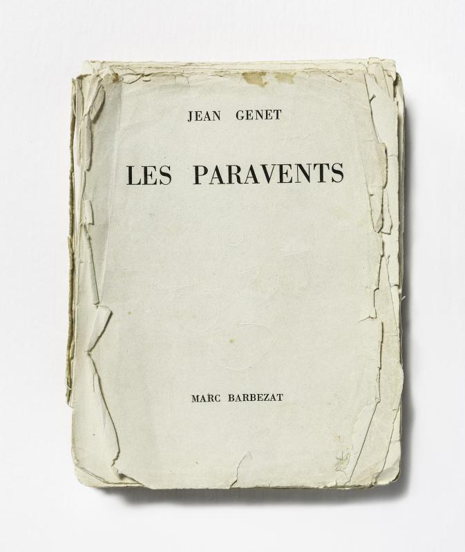 Les Paravents, édition originale de 1961, exemplaire de travail annoté par Roger Blin, 1966 © Fonds Jean Genet/IMEC, photo Michael Quemener