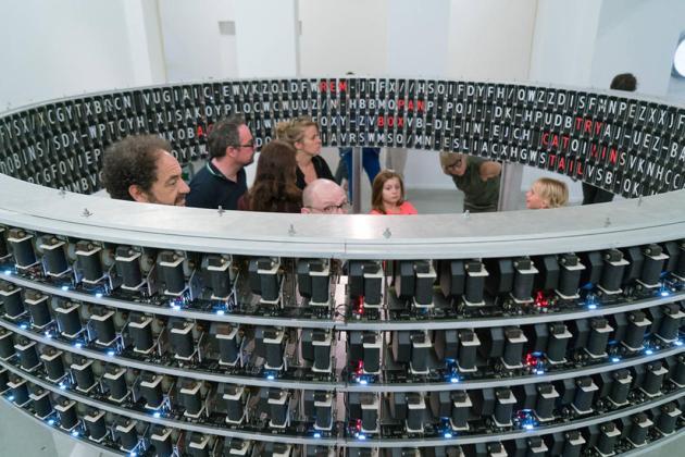 Exposition Terminal P à la Panacée Commissariat Franck Bauchard © Olivier Cablat. LAb[au] (Manuel Abendroth, Jérôme Decock et Els Vermang), Signal to noise, 2012