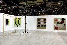 Ellen de Bruijne Projects gallery, Amsterdam, avec Kasper Akhoj, Klaas Kloosterboer, Falke Pisano, and Marianne Viero ART-O-RAMA 2016, Marseille ©jcLett