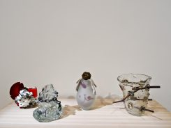 Erik Dietman, Tchaikovski, 2001, Sans gène, D brouillard, et Sara, je vous ..., 1993-1996
