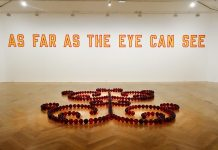 James Lee Byars, Le Petit Ange rouge de Marseille, 1991-1993 et Lawrence Weiner As far as the eye can see, 1988