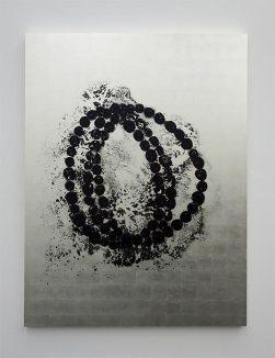 Jean-Michel Othoniel, Black Lotus, 2016. peintures sur toile, encre sur feuille d'or blanc, 160 x 120 x 5 cm