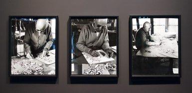 Francis Chaveron, Dubuffet dessinant les praticables pour Coucou Bazar, 1971 - L'outil photographique Rencontres Arles 2017