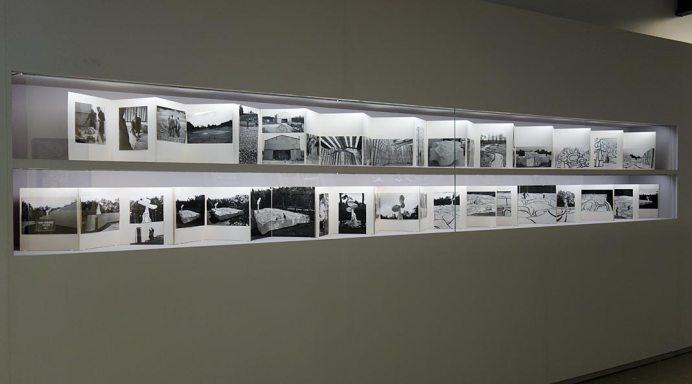 Kurt Wyss, Leporellos sur le Jardin d'émail, 1974 et la Closerie Falbala, 1970-1973 - L'outil photographique Rencontres Arles 2017