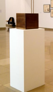 Robert Morris, Box with the Sound of its Own Making, 1961 - A different way to move - Minimalismes