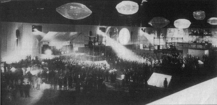 22.12.1967 'Christmas on Earth Continued', Olympia Hall, Londres, Angleterre - Photo prise par John Newey pendant le concert.