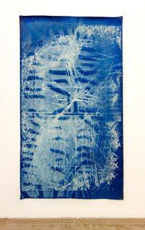 Nina Roussière, Sans titre, 2017, cyanotype, 2 x 3 m