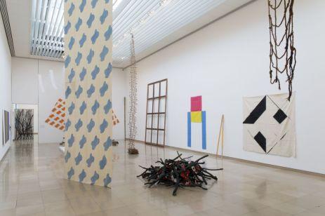 Supports-Surfaces Les origines 1966-1970 - Carré d'Art, Nîmes - Salle 5 © C. Eymenier