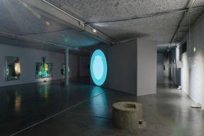 Maxime Rossi, Christmas on Earth Continued, vue de l'exposition au Mrac, Sérignan, 2017. Photographie Aurélien Mole