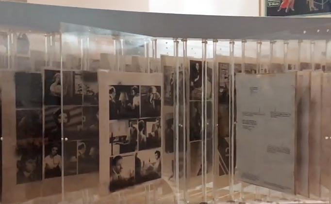 Détail scénographie - Exposition Roman-photo au Mucem, 2017