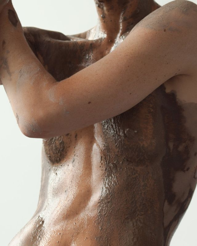 Romy Northover & Shanita Sims, série CLAY | BODY, 2017 - Shapes, Body and Soul - Double V Gallery