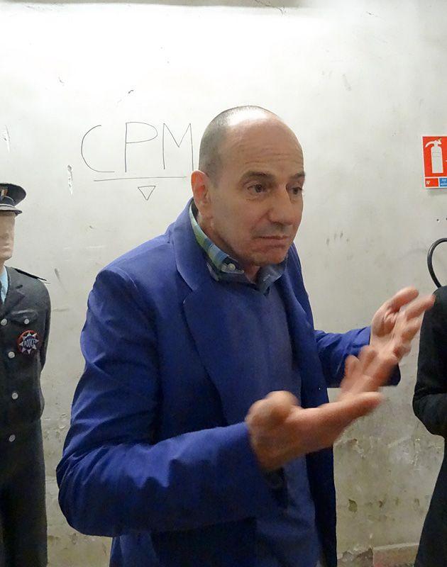 Eric Mézil - La disparition des lucioles à la Collection Lambert, 2014