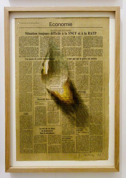 Kim Tschang-Yeul - L'Événement de la nuit à la chapelle du Méjan – Arles -Vue de l'exposition à l'étage - Œuvres sur papier