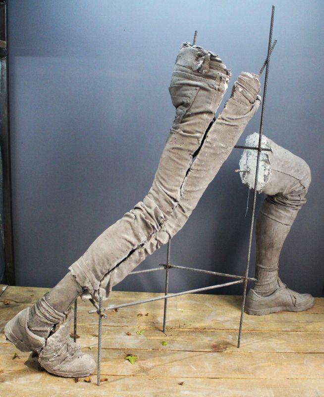 Ugo Schiavi - Le Rapt II, 2018 Ugo Schiavi - Tête de lion, 2018 - «Rudus, Ruderis» à la Double V Gallery – Marseille Photo © Jean-Christophe Lett