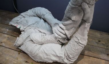 Ugo Schiavi - Sans titre, 2018 Ugo Schiavi - Tête de lion, 2018 - «Rudus, Ruderis» à la Double V Gallery – Marseille Photo © Jean-Christophe Lett