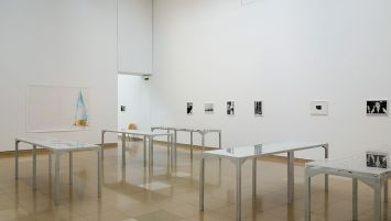 Wolfgang Tillmans, Qu'est-ce qui est différent à Carré d'Art – Nîmes - Vue de l'exposition - Salle 1