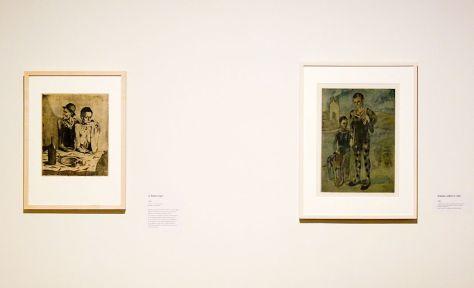 Pablo Picasso, Le Repas frugal, 1904 et Arlequin, enfant et chien, 1905 - Picasso, voyages imaginaires à la Vieille Charité - Marseille - Bohème Bleue