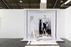 Art-O-Rama 2018 - Sophie Tappeiner - Sophie Thun, While holding (passage closed), 2018 photo Sophie Tappeiner