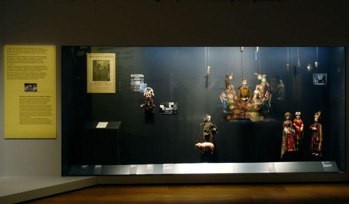 Georges Henri Rivière Voir, c'est comprendre au Mucem - À gaine, à fil et à tringle pour rire et pour pleurer - Vue de l'exposition