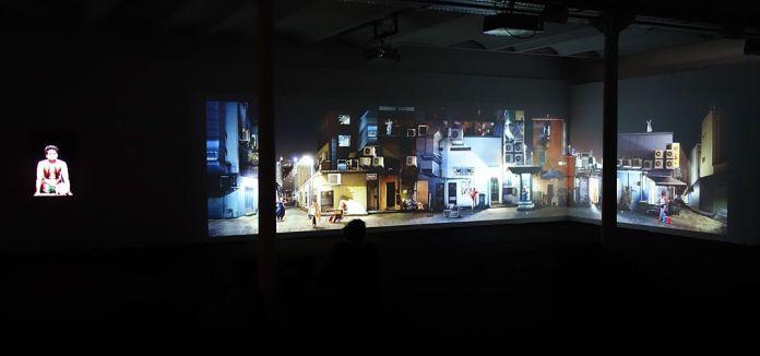 Sarah Choo Jing - Art of the Rehearsal (2017) - Les Instants Vidéo -Humains de tous les pays, caressez-vous !