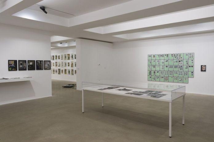 Picture Industry - Luma Arles 2018 - © Walead Beshty - Vue d'exposition, les Forges, Luma Arles, Parc des Ateliers, Arles, France, 2018. © Lionel Roux.